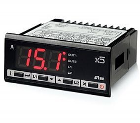 Type AC15 - Digital temperature controller with relay port