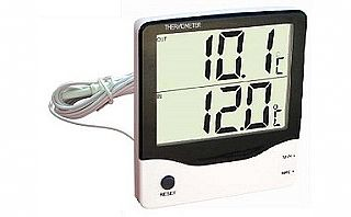 Type MI-104 - Digital Thermometer IN / OUT